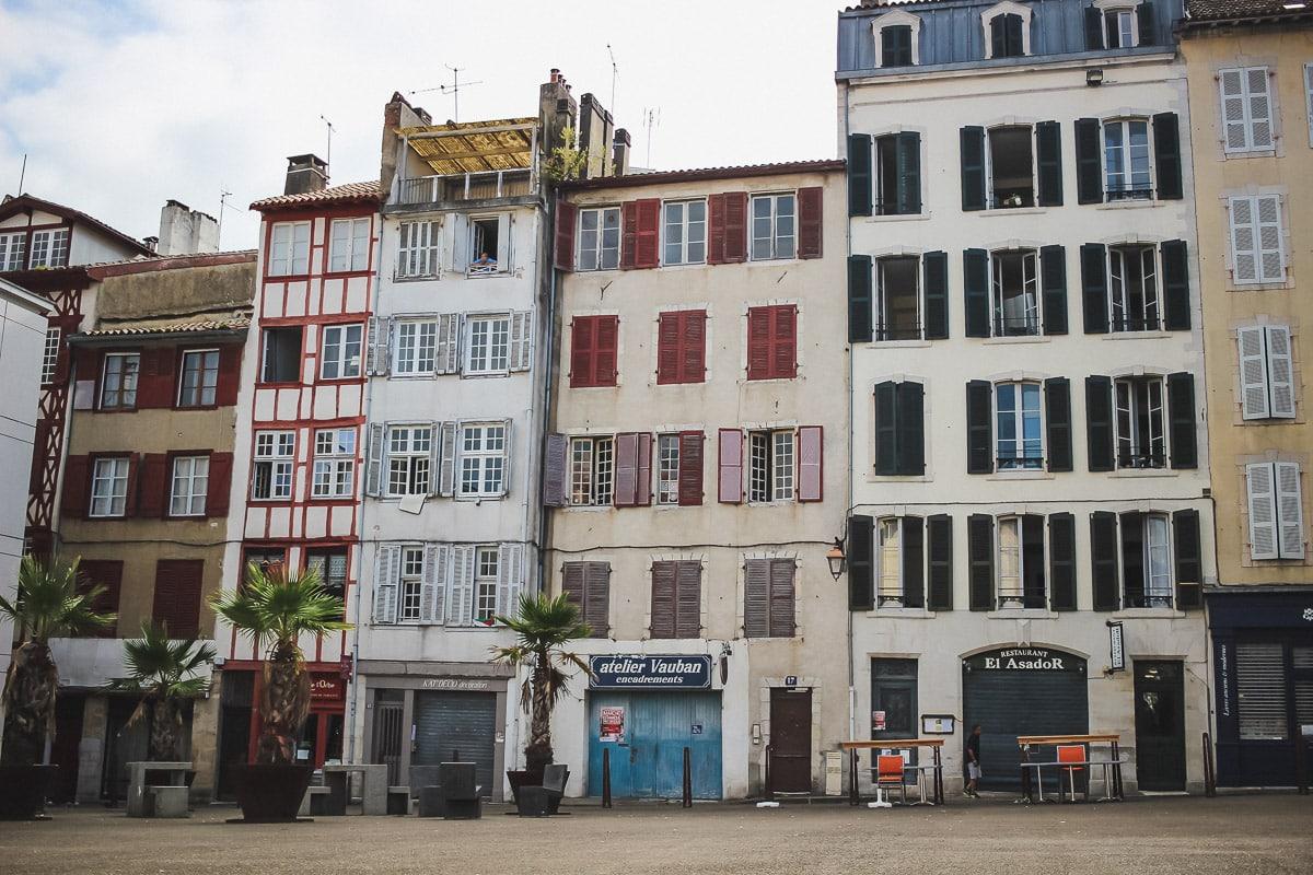 Visite guidée de la ville de Bayonne, découvrir son patrimoine, ses monuments et maisons