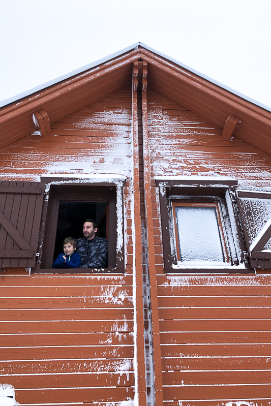 Weekend en famille au chalet d'Iraty à Arrau au Pays basque sous la neige.