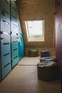 Skylodge N'Py : premier hostel au pied des pistes à Piau Engaly dans les Pyrénées pour un logement pas cher.