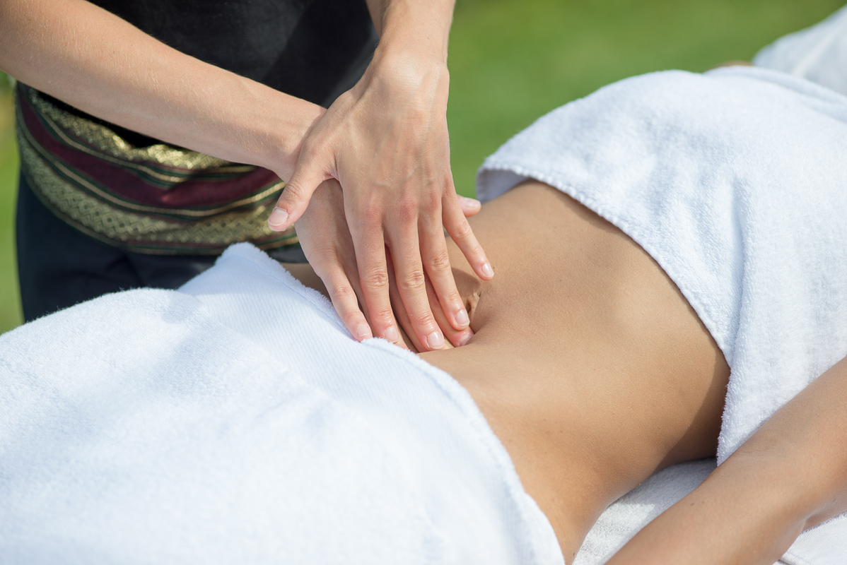 Massage du ventre à Biarritz avec Bihaï Massages