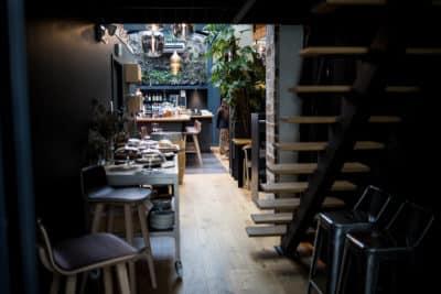 Le restaurant Epoq rue du Helder à Biarritz tenu par son jeune chef Anthony Orjollet.